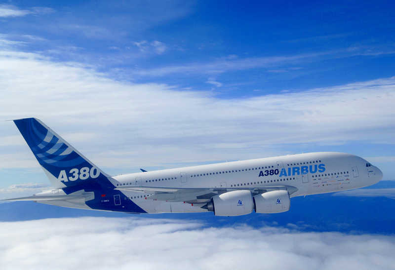 2006-08_A380_first_flight_with_EA_engines_.jpg